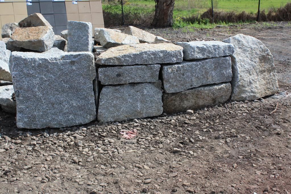 Bolstered Granite
